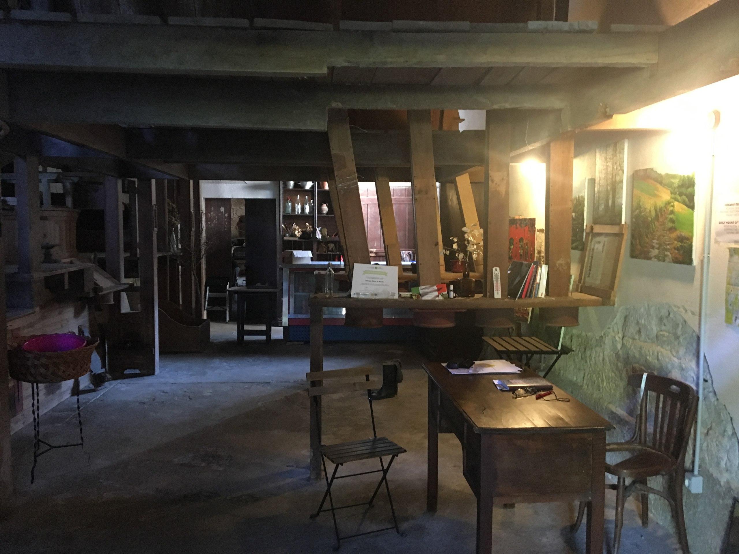 кабинет хозяйки альберге-мельницы в Парадела