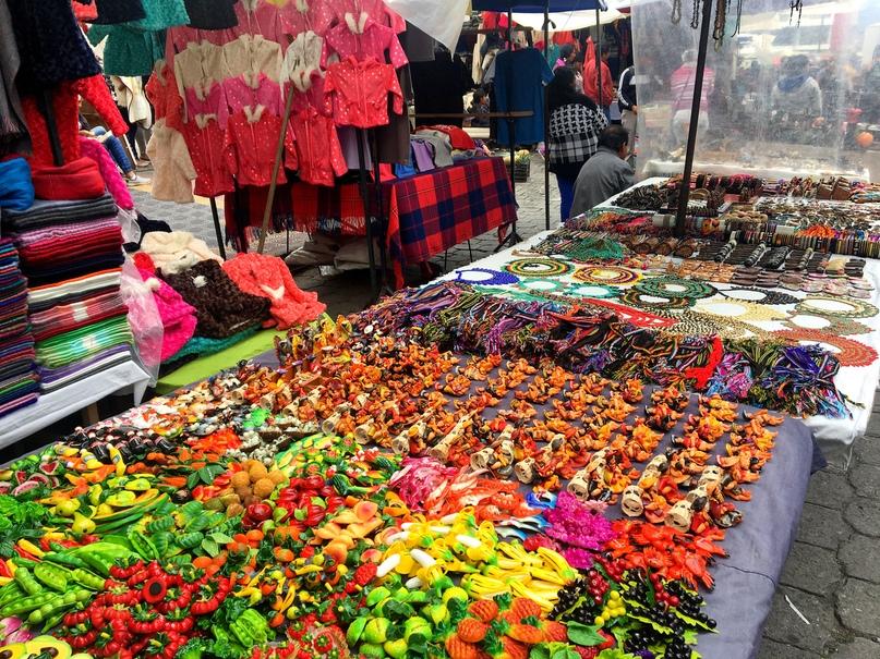 индейский рынок в Отавало