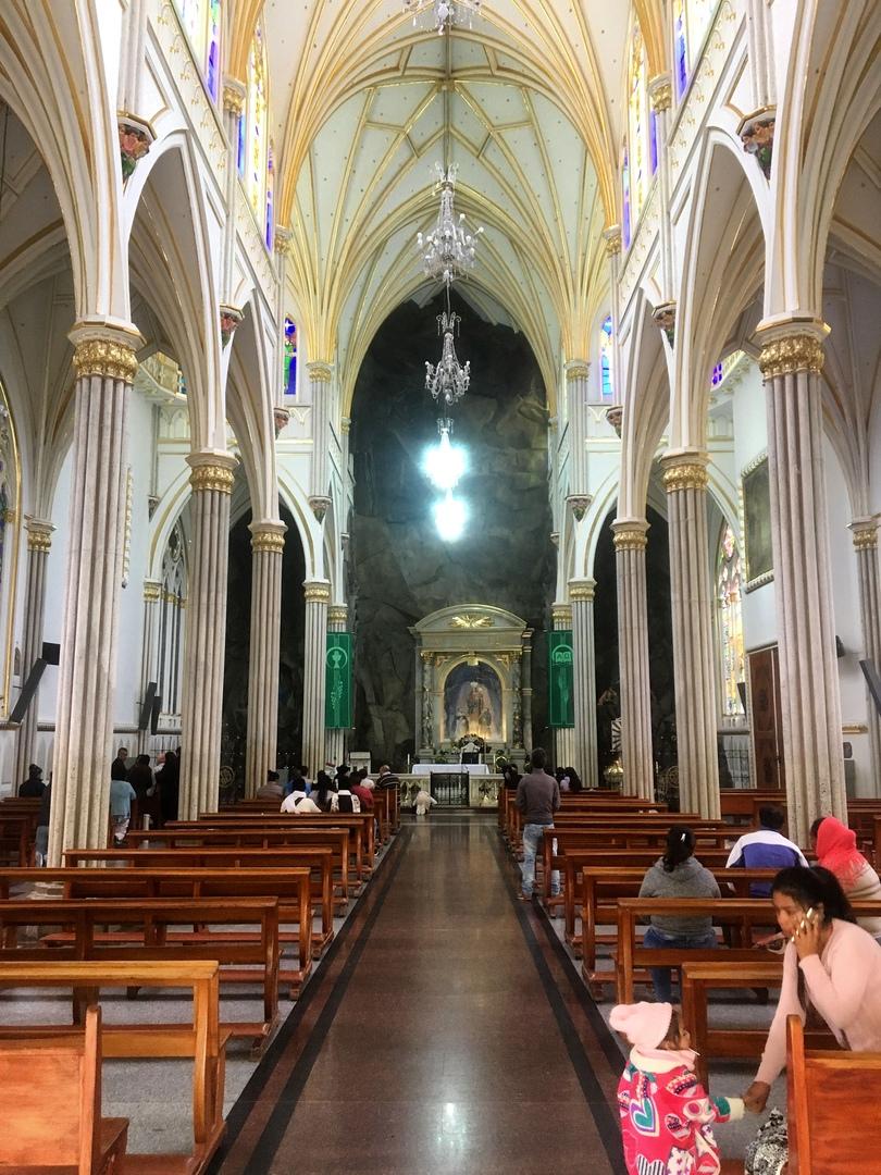 внутреннее убранство церкви Лас Лахас, Колумбия