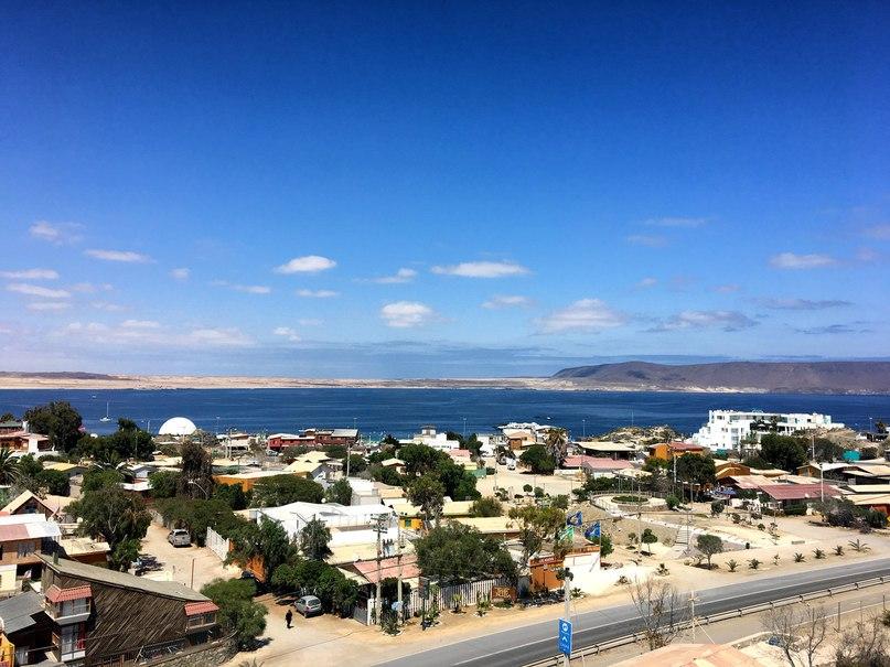 вид с холма в Bahia Inglesa