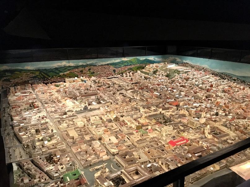 макет одного из эквадорских городов