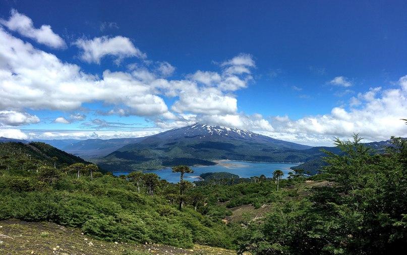 Вид на вулкан Йяйма