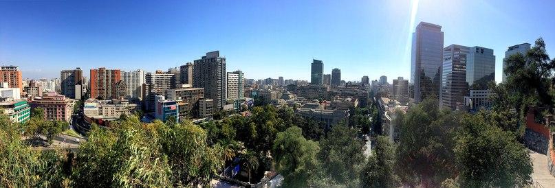 вид на Сантьяго с холма Санта Люсия
