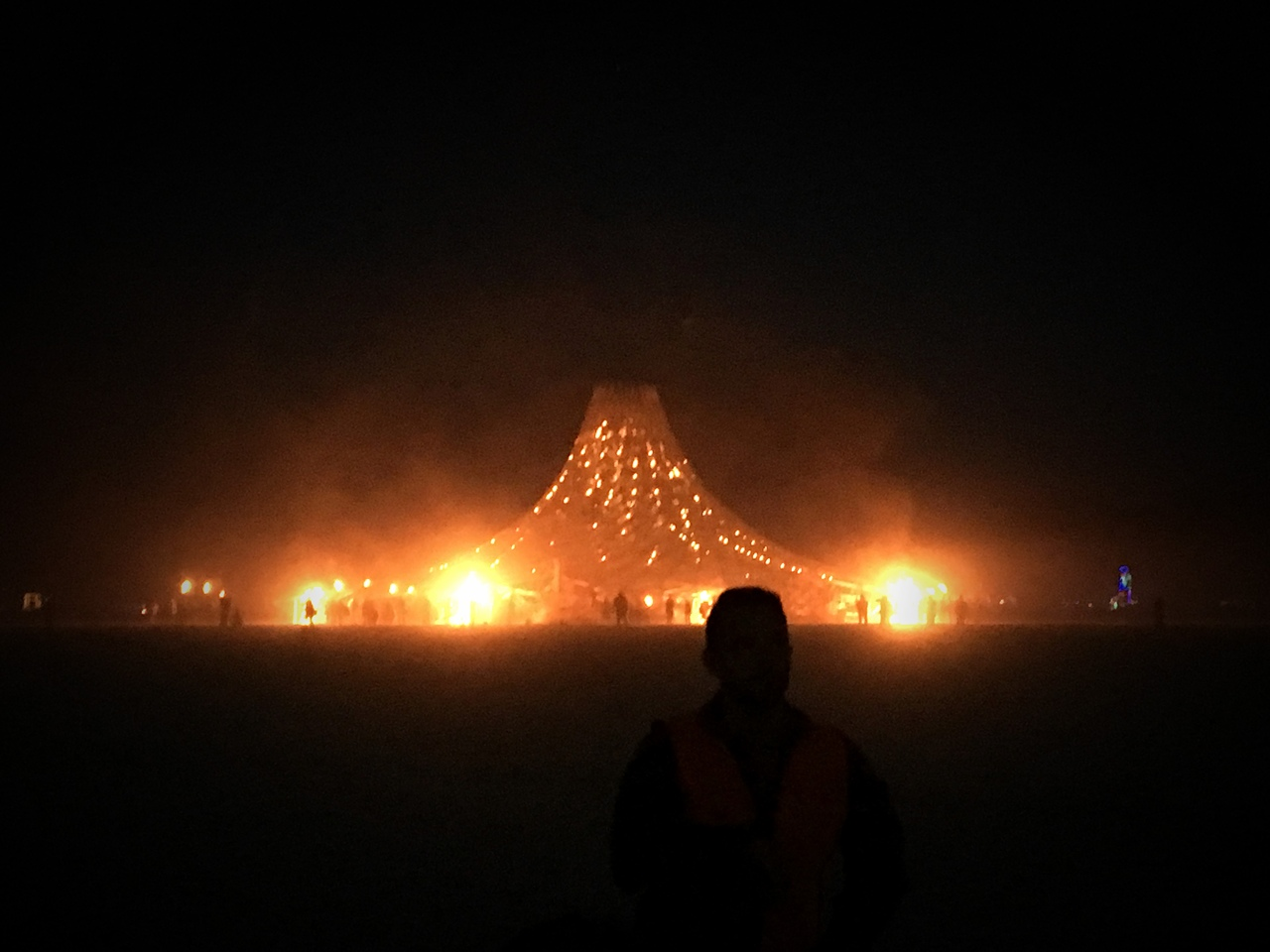 сжигание храма