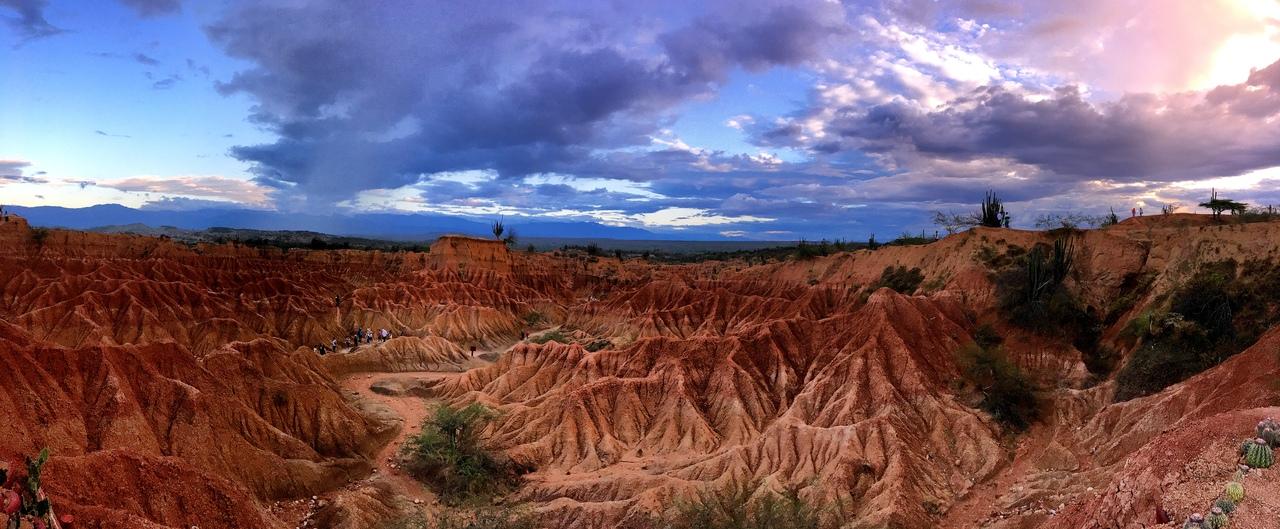 красная пустыня El Cuzco
