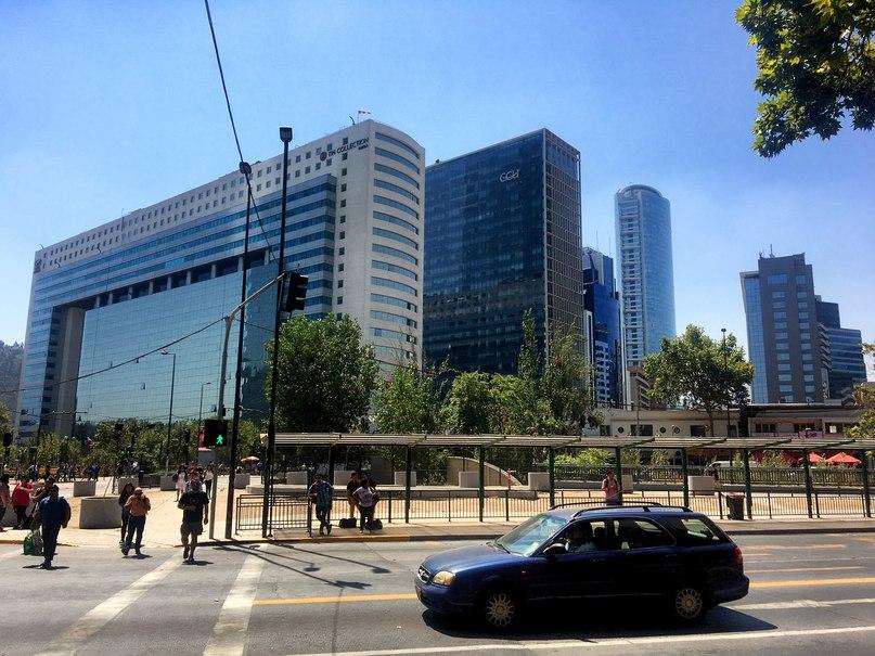 другие высокие здания Сантьяго